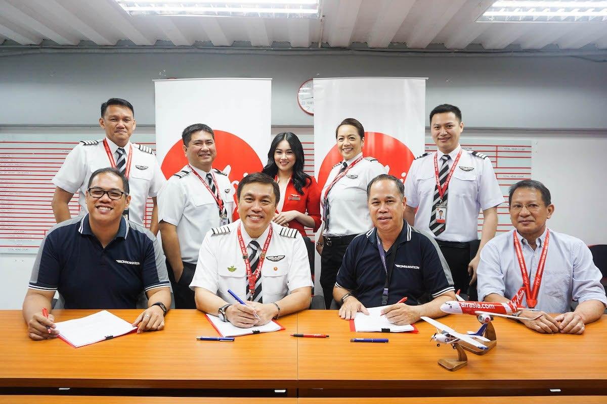 Want to be a cadet pilot? AirAsia Launches Cadet Pilot Program