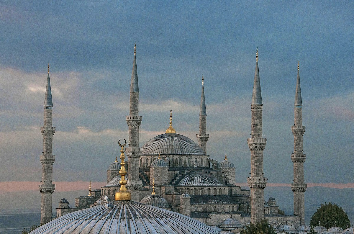 Istanbul: Six Sights to See in Sultanahmet Square