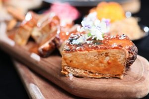 Three on Canton at Gateway Hotel Presents Extravagant Beef Dinner Buffet