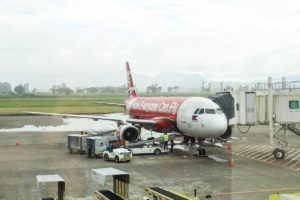 AirAsia celebrates inaugural flight to Bacolod