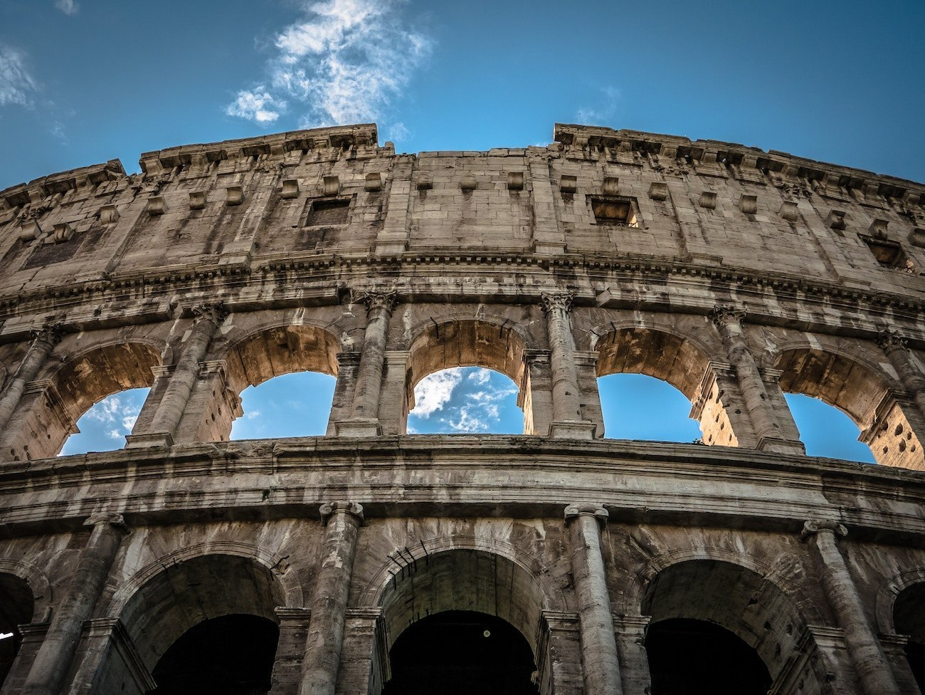 Exploring Rome: Visiting the Colosseum