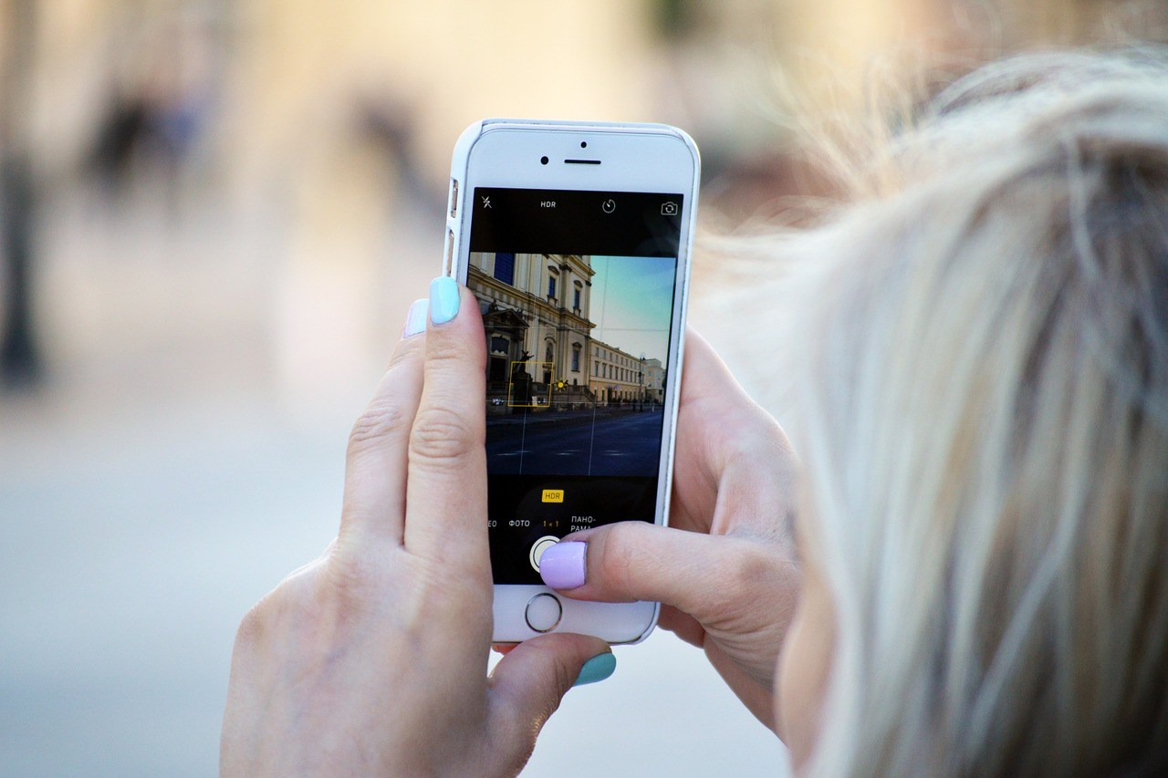 15 Best Travel Instagram Captions For Your Photos