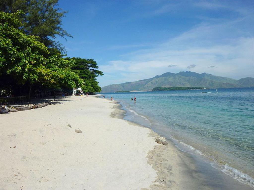 Top 8 Best Subic Beach Resorts