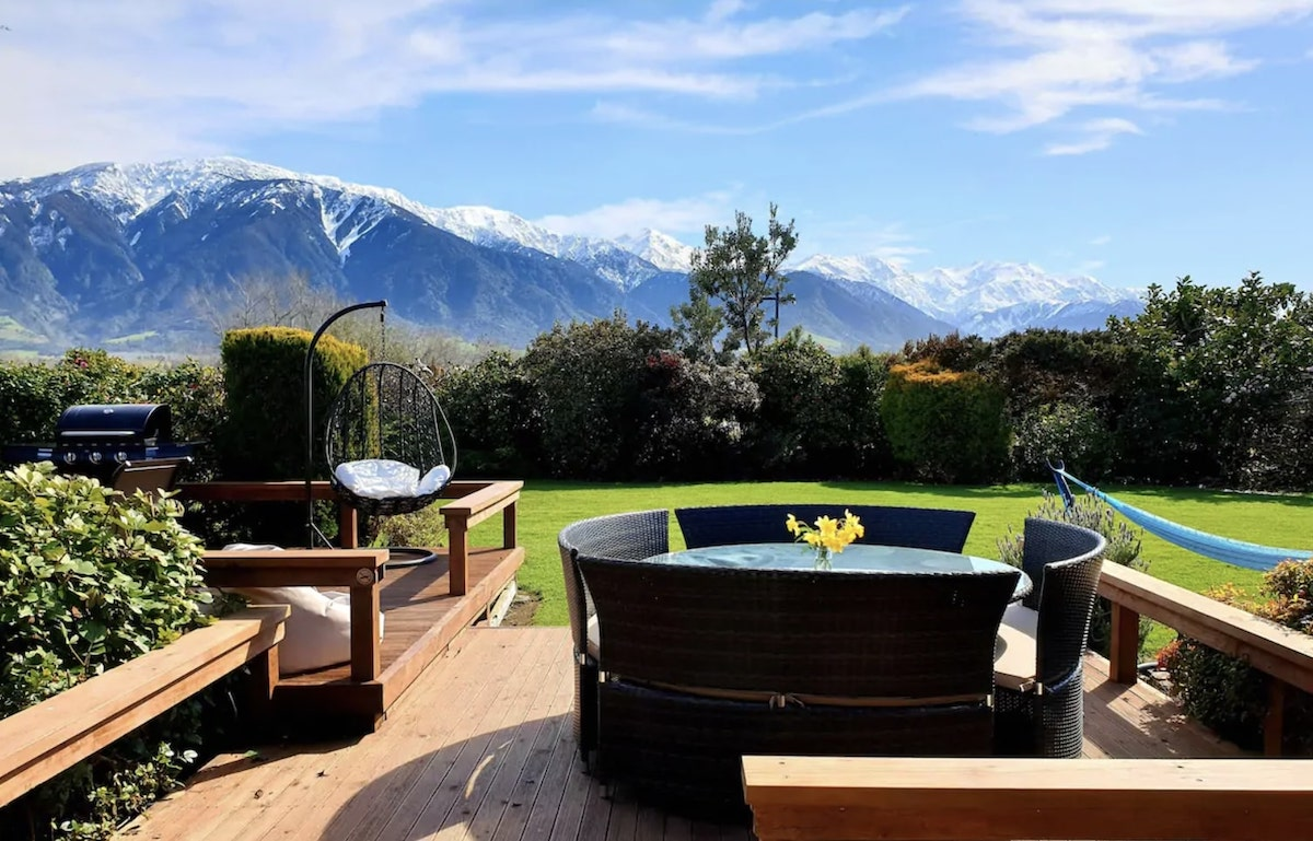 7 Best Airbnbs in Kaikoura, New Zealand